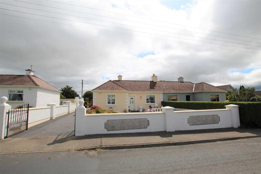 2 St Anne`s Terrace, Ardfinnan, E91 RD72