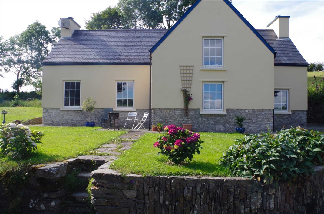The Old Schoolhouse, Clodagh, Drimoleague, P47 FF98