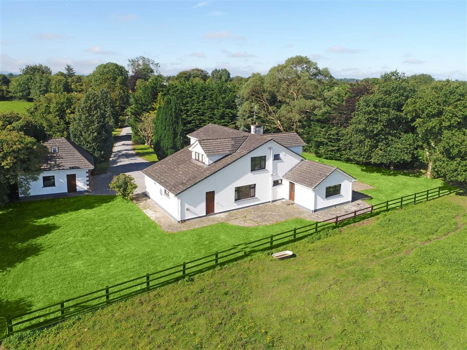 Kilpeacon Cross, Crecora, Co. Limerick, V94 ETC2