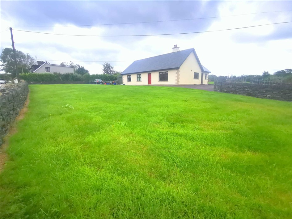 Laharan West, Ballylickey, Bantry, P75 VX59