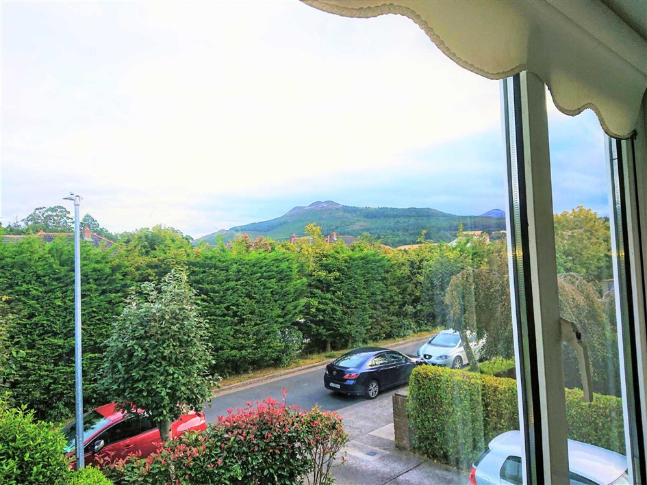 6 Riddlesford, Southern Cross Road, Bray, Co Wicklow
