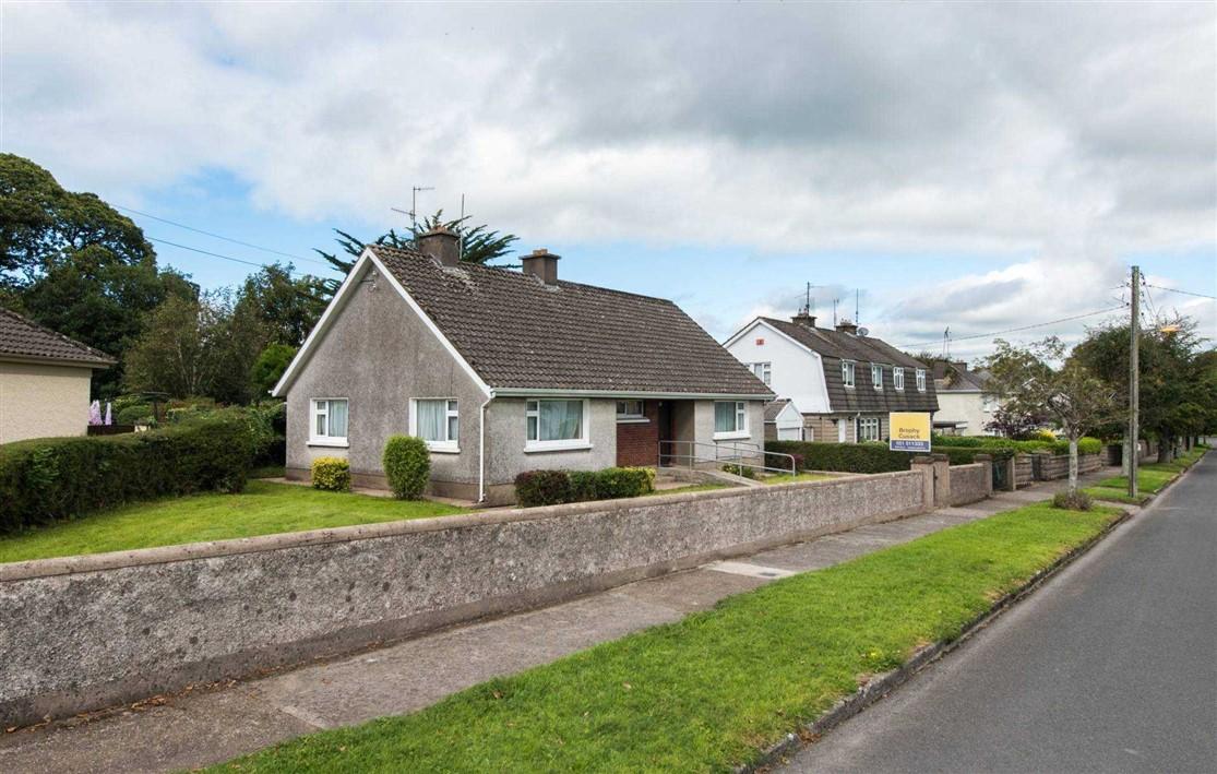 7 Castle Park, Carrick-On-Suir, Co. Tipperary, E32 KC03