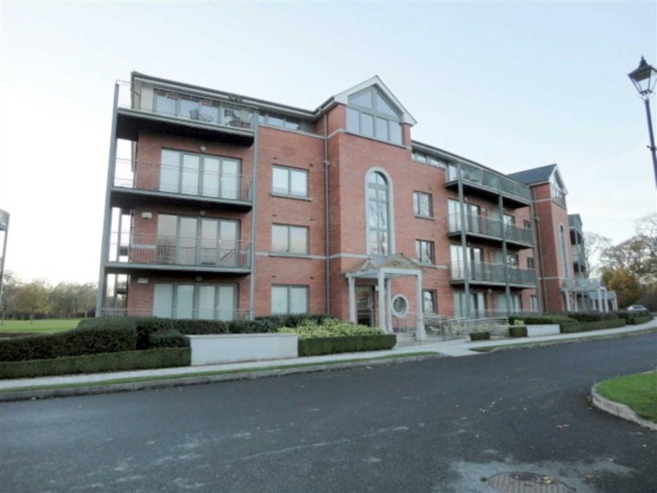 Maple Lodge, Farmleigh Woods, Castleknock, Dublin 15., D15 YK66