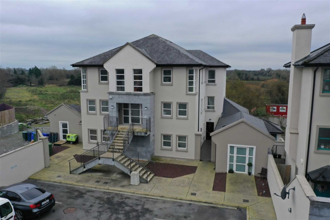Apartment Block & c.3 Acres Zoned Lands At, Block B, Turners Court, Dublin Road, Athlone Town, Co. W, N37 XK88