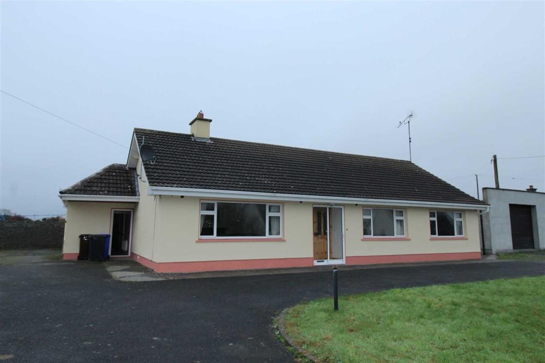 Ballinagard Road, Roscommon Town, F42 YX56