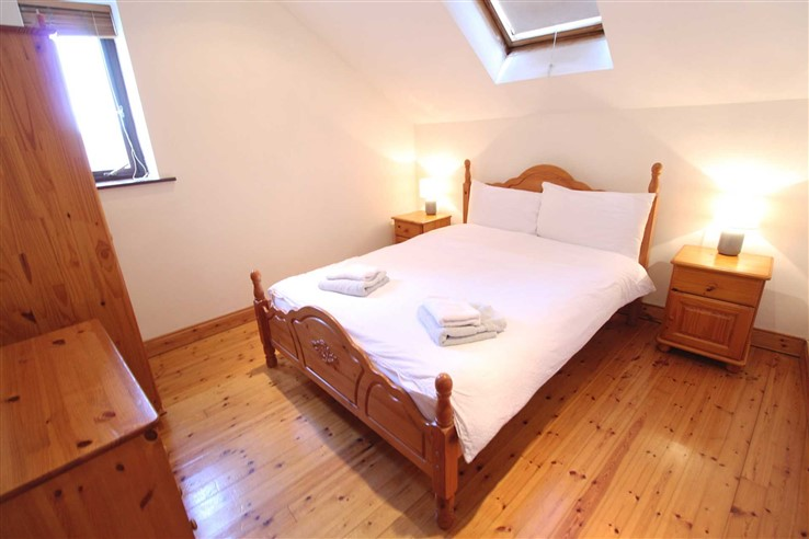Bedrooms in 4 Market Place, Ennis, Clare, Clare - Commercial.ie