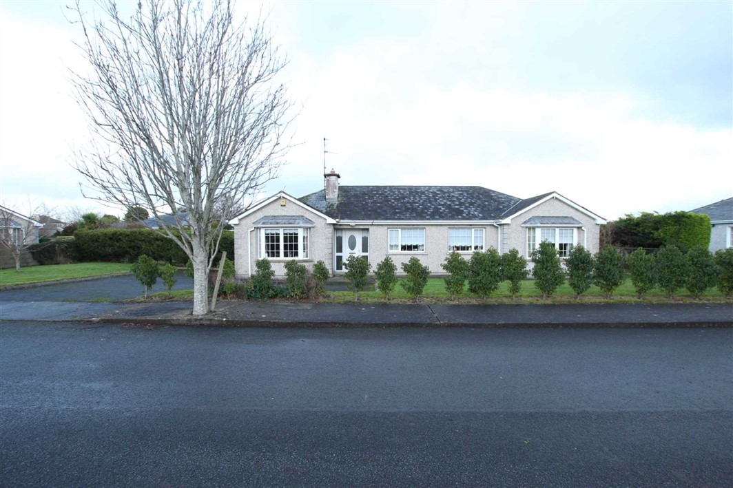 44 Ashlawn, Clerihan, E91 AK46