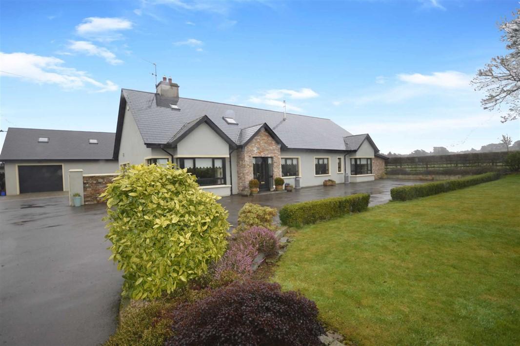 Curraduff, Ferns, Co Wexford, Y21 HT25