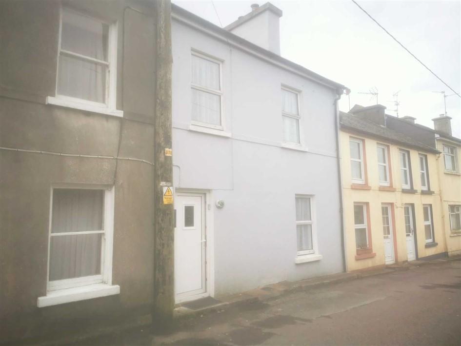 8 Blackrock Road, Bantry, West Cork., P75 K821