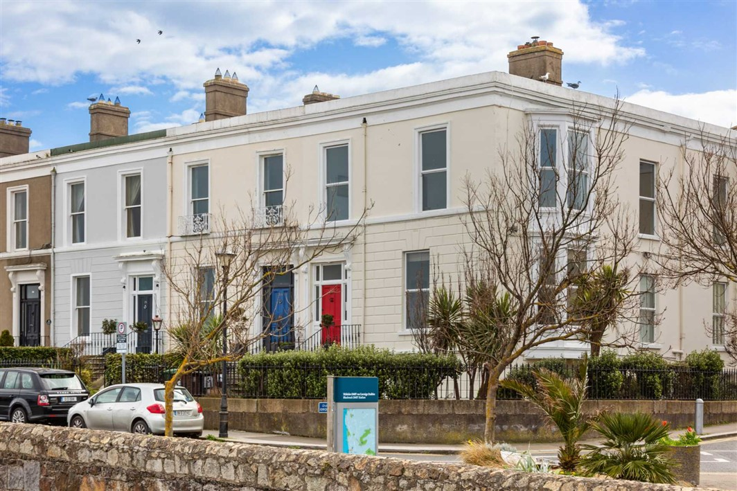 Apartment 5, 27 Idrone Terrace, Blackrock, County Dublin, A94 FW63