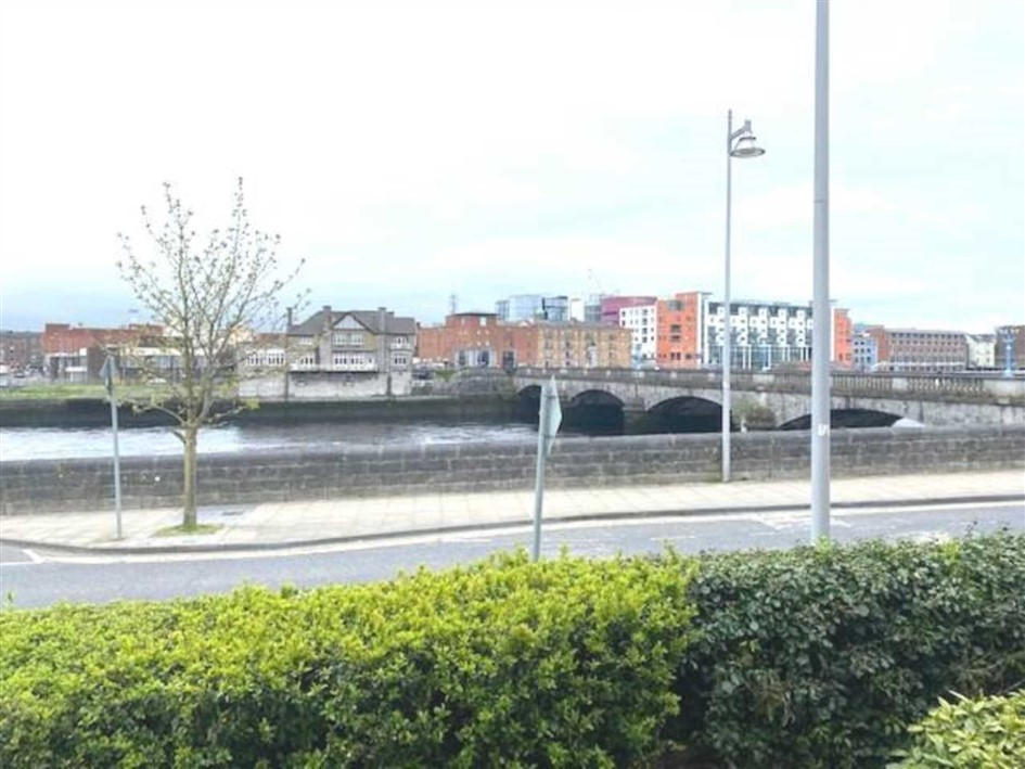 Wellesley Court, Clancy Strand, Limerick