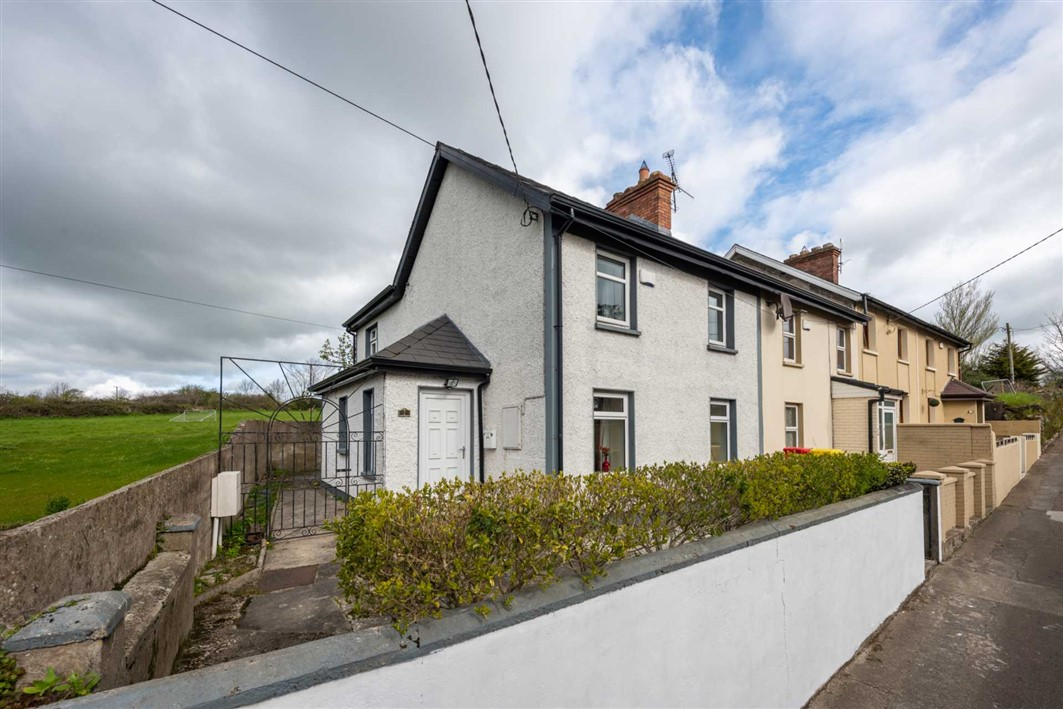 1 The Terrace, Pill Road, Carrick-On-Suir, Co. Tipperary, E32 NP30