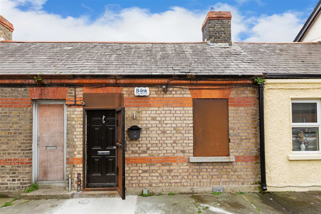 18 Malin Avenue, Dublin 8, D08 N1W2