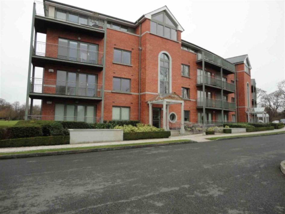 Maple Lodge, Farmleigh Woods, Castleknock, Dublin 15., D15 RX59