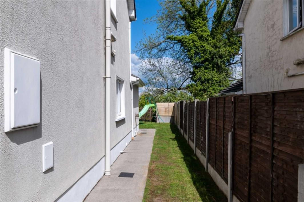 16 Cluain Fraoigh, Lanesboro Road, Roscommon Town, F42 XF64