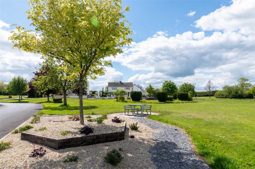 3 Lough Ree Park, Ballyleague, Co. Roscommon, N39 NY94