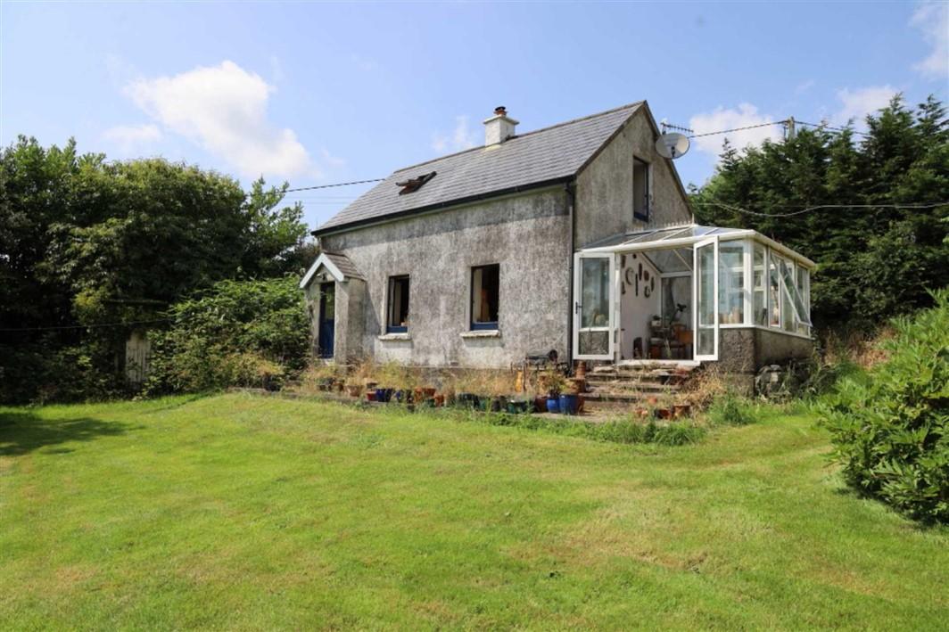 Woodbine Cottage, Clashanimud, Innishannon,