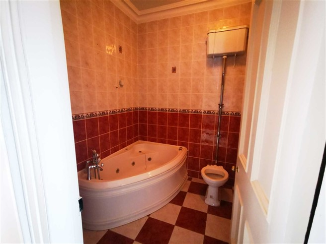 Bedrooms in Corofin House  & Centra, Main Street, Corofin, Clare, Clare - Commercial.ie